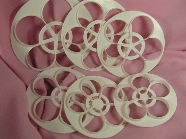 Rose cutters set of 6